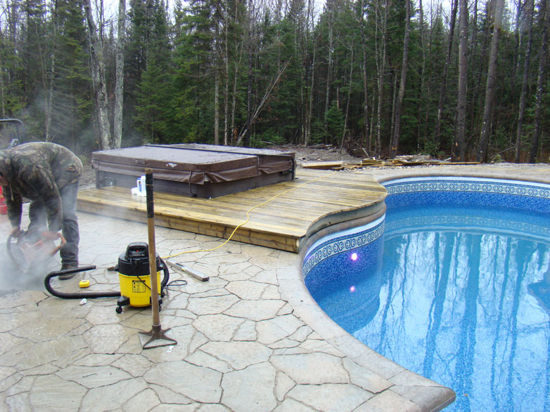 bordure de piscine paysagiste envert et fils. Black Bedroom Furniture Sets. Home Design Ideas